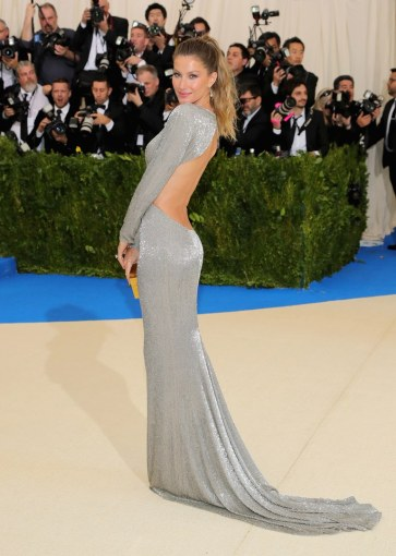 met-gala-2017-best-dressed-gisele